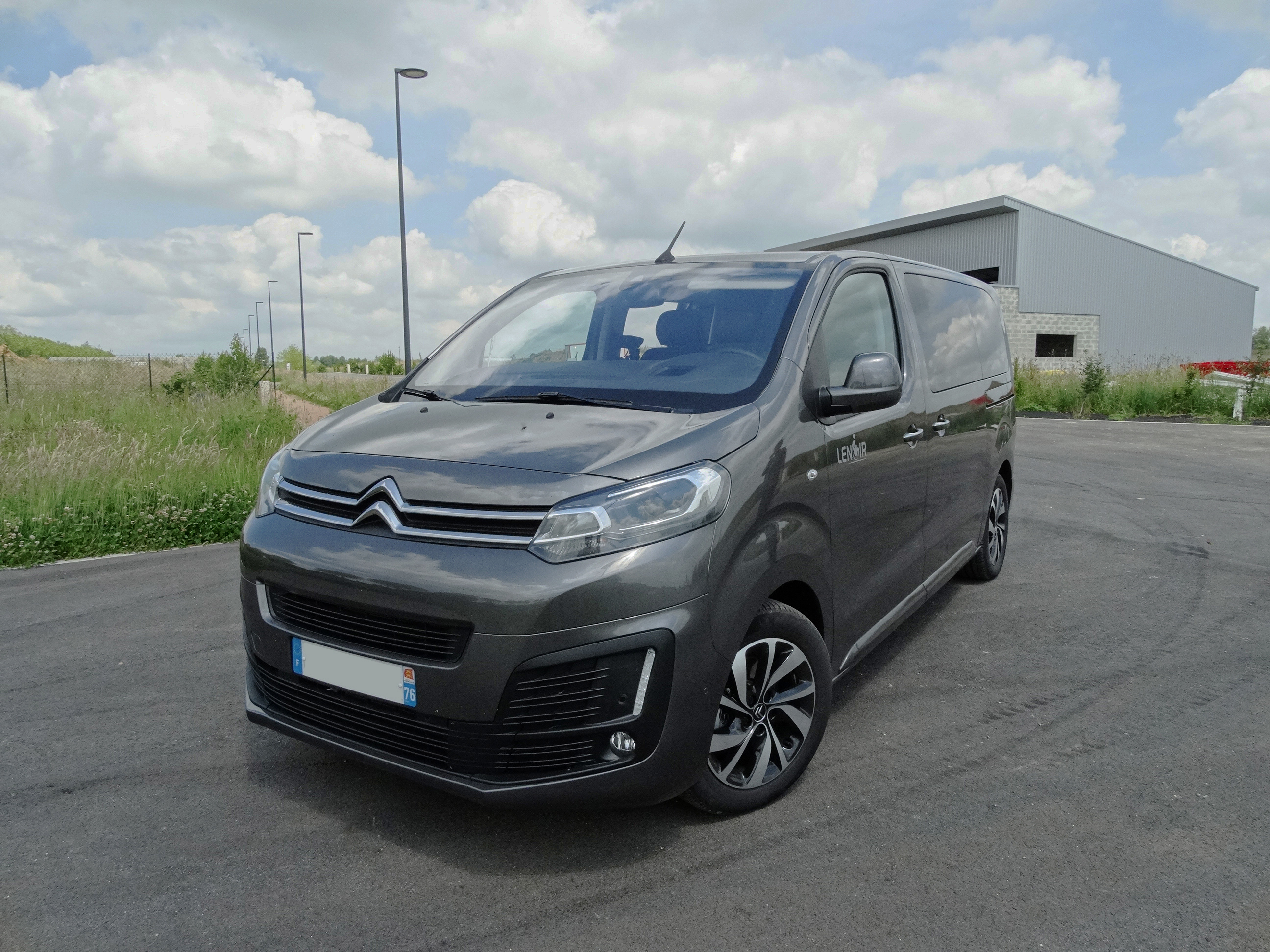 citro u00ebn space tourer m ou xl blue hdi neuf 4  u00e0 8 places